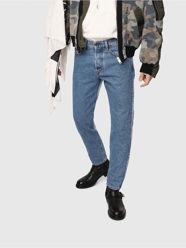 Diesel - Mharky 0077V, Mittelblau - Jeans - Image 1