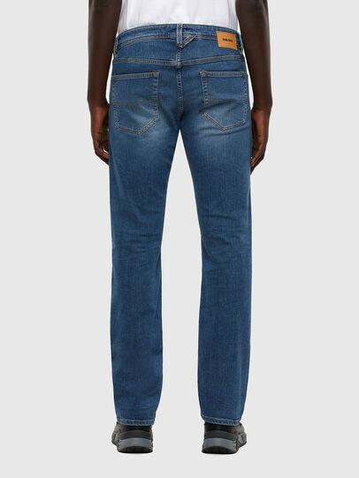 Diesel - Larkee 009DB, Mittelblau - Jeans - Image 2
