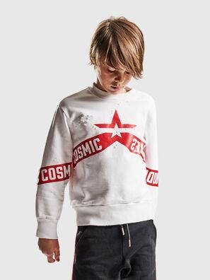 SBAYHOLES OVER, Weiß/Rot - Sweatshirts