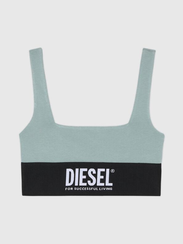 https://at.diesel.com/dw/image/v2/BBLG_PRD/on/demandware.static/-/Sites-diesel-master-catalog/default/dwcdeba2e1/images/large/A01952_0DCAI_5BQ_O.jpg?sw=594&sh=792