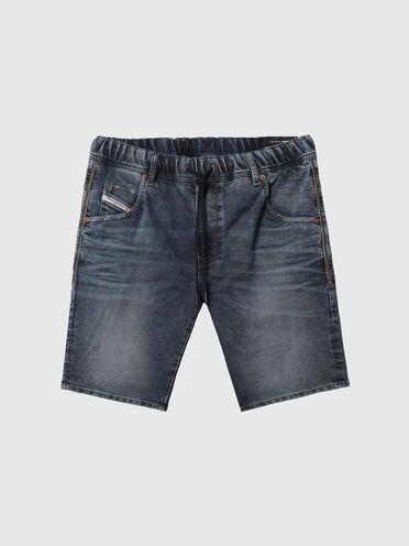 Shorts im Slim Fit aus behandeltem JoggJeans®-Material