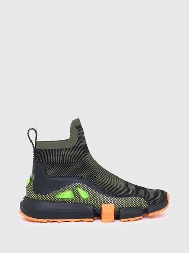 Sneaker im Socken-Design mit Blasendetails