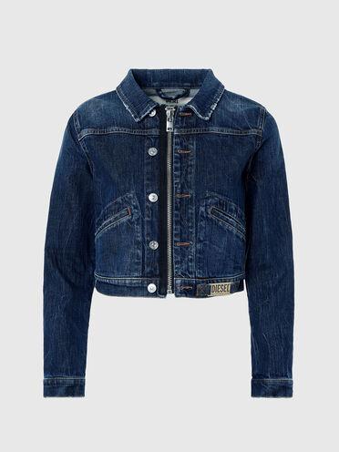Kurze Jeansjacke mit Reißverschlussdetail