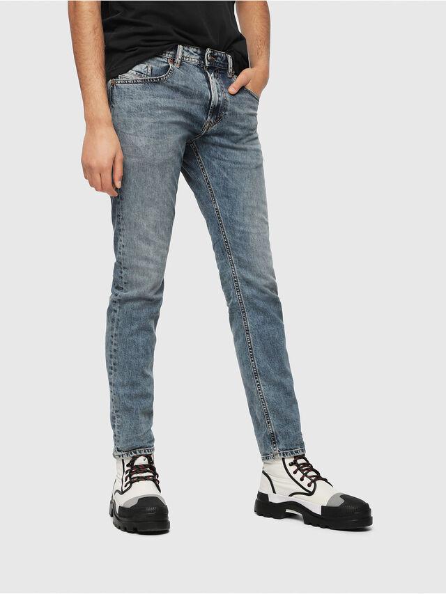 Diesel - Thommer 084UX, Mittelblau - Jeans - Image 1