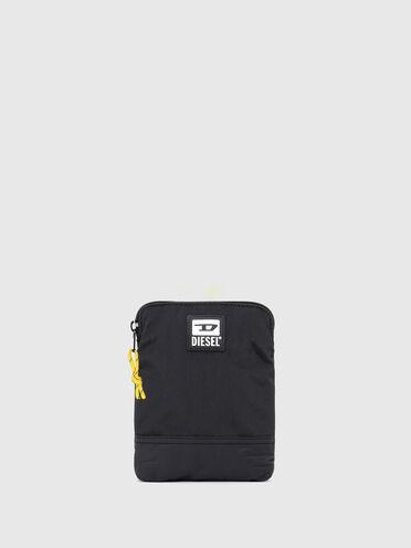 Schmale Crossbody-Tasche aus gewaschenem Nylon