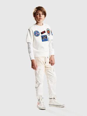 SMAGGYSHPATCH OVER, Weiß - Sweatshirts