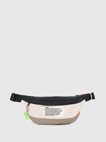 Nachhaltig hergestellte Gürteltasche in Colour-Blocking-Optik